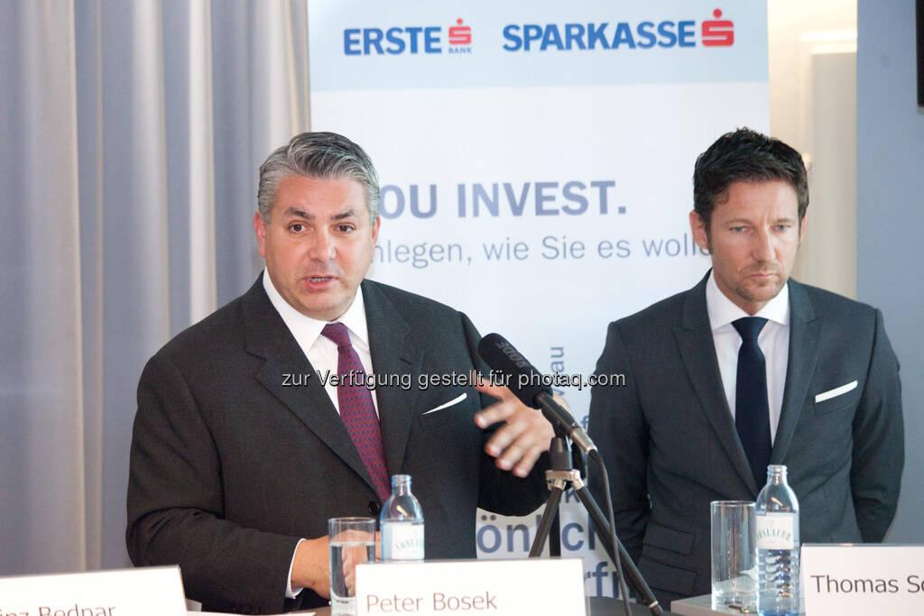 Peter Bosek (Erste Bank Österreich Vorstand), Thomas Schaufler (Erste Asset Management Vorstand), © Michaela Mejta / finanzmarktfoto.at (30.09.2013)