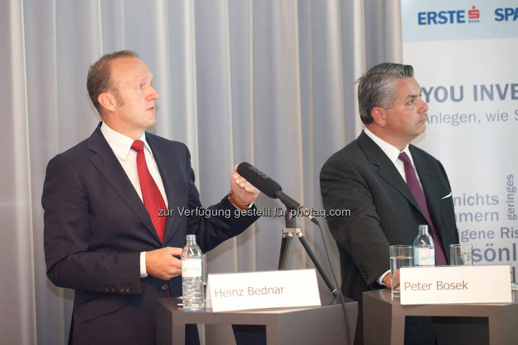 Heinz Bednar (Erste-Sparinvest) Vorstandsvorsitzender, Peter Bosek (Erste Bank Österreich Vorstand), © Michaela Mejta / finanzmarktfoto.at (30.09.2013)