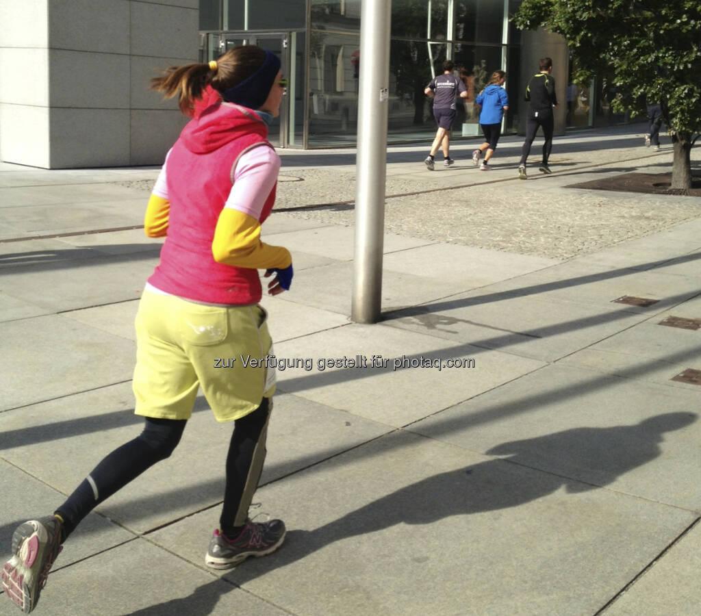 Laufen vor der OeNB (05.10.2013)