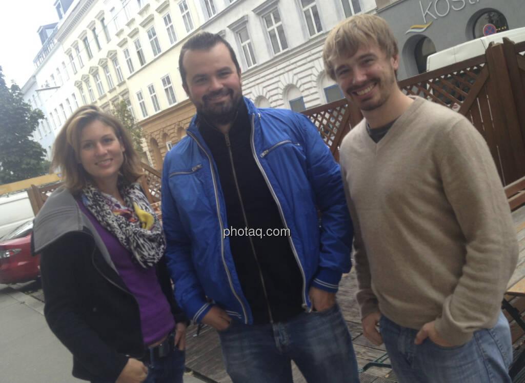 Christina Öhler, Stefan Greunz, Thomas Hapala (wikifolio). Der Social-Trading-Pionier wird mit einer Fülle an Auswertungen auch schön langsam zu einem Datenhub, einem Medienunternehmen (07.10.2013)