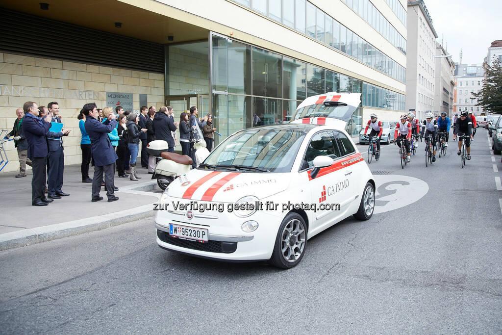 Vier österreichische Immobilienunternehmen radeln zur Münchner Expo Real, © CA Immobilien Anlagen AG/APA-Fotoservice/Preiss (10.10.2013)
