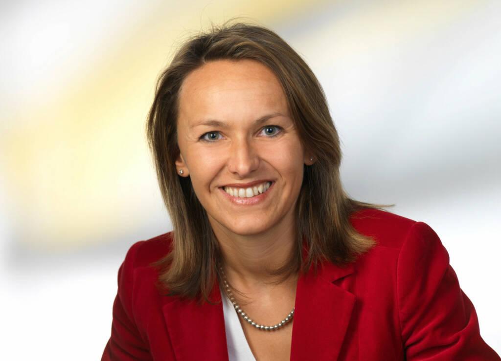 Xing hat eine neue Country Managerin für Österreich: Carmen Windhaber. Die 42-jährige Steirerin wird ab sofort die Weiterentwicklung des beruflichen Netzwerks in Österreich und das Wachstum des regionalen Ambassador-Teams vorantreiben (c) Xing (16.10.2013)