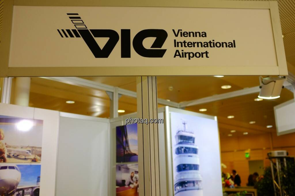 Vienna International Airport (17.10.2013)