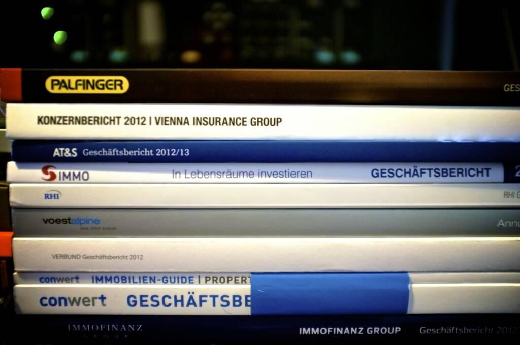 Geschäftsberichte bald Teil des Virtual bookshelfs und des Börse Social Networks auf http://josefchladek.com - mit Palfinger, VIG, AT&S, S Immo, RHI, voestalpine, Verbund, conwert und Immofinanz (Foto: Josef Chladek) (18.10.2013)