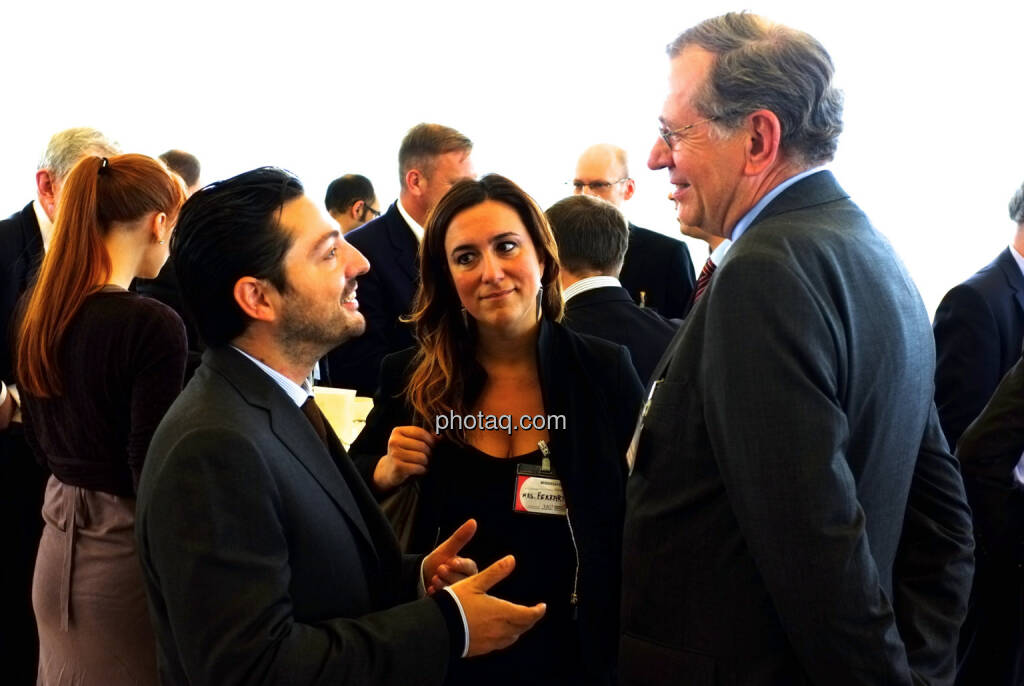 Iacopo Destri, Arianna Ferrari, Veranstalter Wilhelm Rasinger (re.) (18.10.2013)