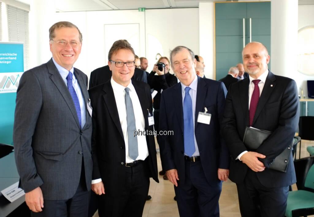 Wilhelm Rasinger (IVA), Helmut Ettl (FMA), Jean Berthon (Präsident EuroFinUse), Peter Hagen (VIG) (18.10.2013)