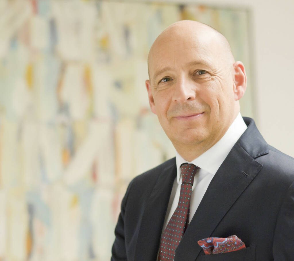 Hermann Wonnebauer, Vorstand Bereich Markt der Zürcher Kantonalbank Österreich AG: Die Zinswende ist definitiv eingeläutet, aber wir rechnen nur mit einem recht gemächlichen Anstieg der langfristigen Zinsen. (Bild: ZKB Österreich AG) (22.10.2013)