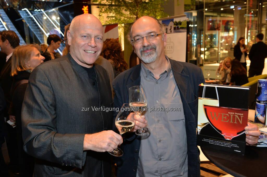 live relations-Geschäftsführer Ralph Vallon, Weinpapst André Dominé, © leisure.at/Christian Jobst (25.10.2013)
