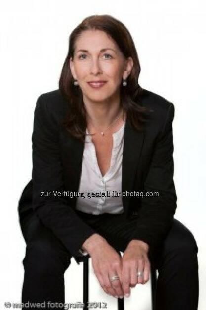 Sabina Haas, Ex Wiener Börse, mit Workshop für Kinder, http://www.christian-drastil.com/2013/10/29/ex-borse-wien-fuhrungskraft_sabina_haas_mit_einem_interessanten_workshop (c) Medwed (29.10.2013)