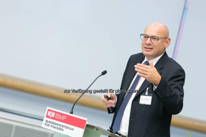 Manuel R. Theisen, Fakultät für Betriebswirtschaft, LMU München