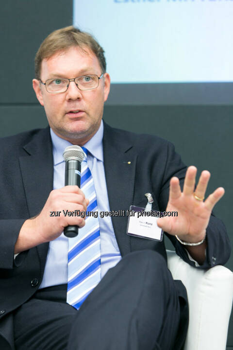 Peter V. Kunz, Institut für Wirtschaftsrecht, Bern