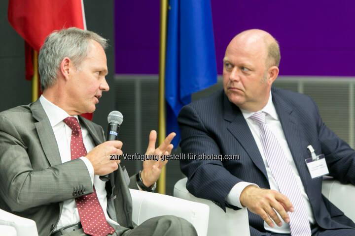 Martin Grüll, CFO Raiffeisen International Bank AG, Alexander v. Preen, GF und Partner, Kienbaum Management GmbH