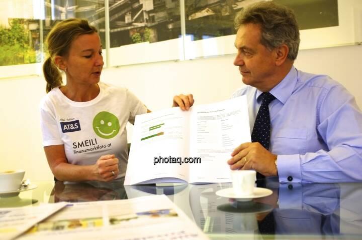 Doris Gstatter, Bernhard Grabmayr (Scholdan & Company) präsentieren Investor Relations 2.0 im Jahr 2013