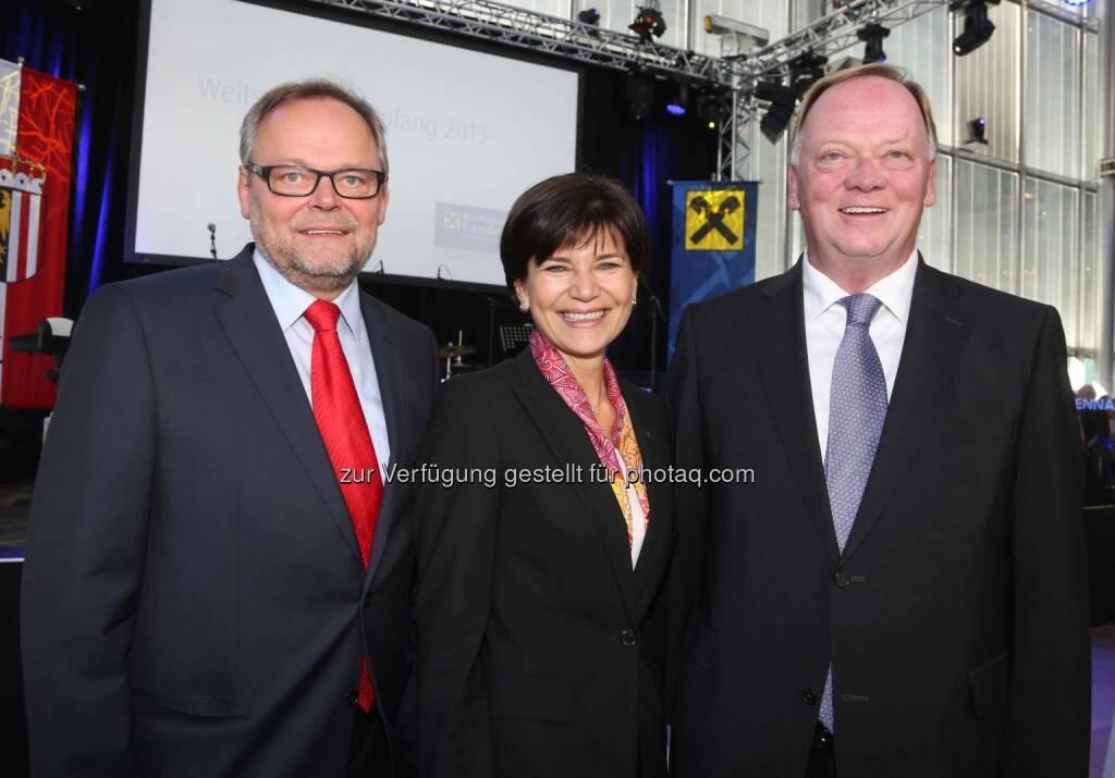 Josef Stockinger (OÖ Versicherung-Generaldirektor), Michaela Keplinger-Mitterlehner (RLB OÖ), Gerhard Falch (Amag)  - (Bild: RLB OÖ/Strobl) (01.11.2013)