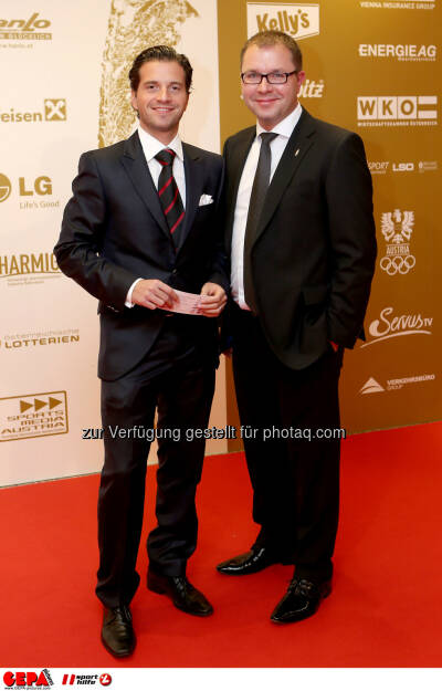 Mario Rossmann und Wolgang Mayer (Backaldrin). Foto: GEPA pictures/ Christian Walgram (02.11.2013)