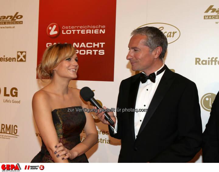 Miriam Weichselbraun und Rainer Pariasek. Foto: GEPA pictures/ Hans Oberlaender