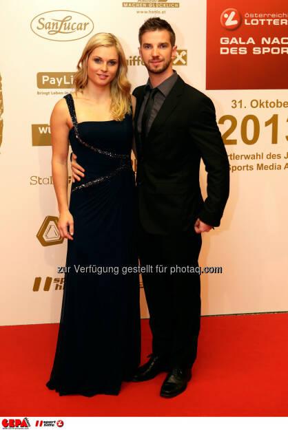 Anna Fenninger (AUT) und Freund Manuel Veith. Foto: GEPA pictures/ Walter Luger (02.11.2013)