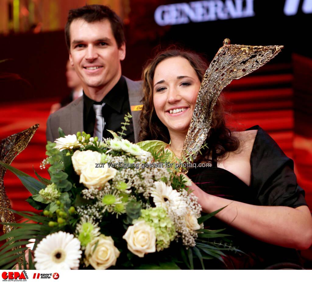 Matthias Lanzinger (AUT) und Claudia Loesch (AUT). Foto: GEPA pictures/ Walter Luger (02.11.2013)