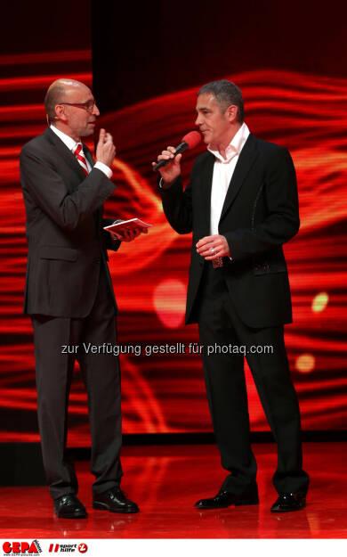 Moderator Tom Blaeumauer und Christian Clerici. Foto: GEPA pictures/ Markus Oberlaender (02.11.2013)