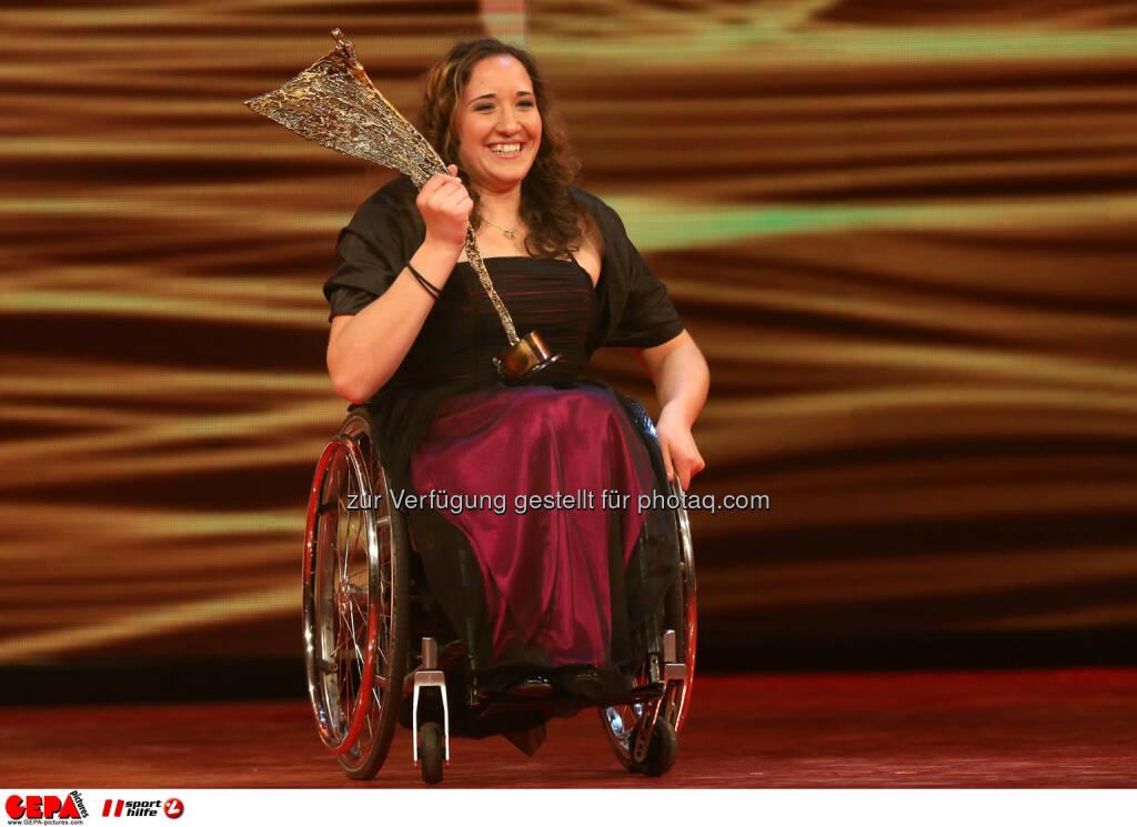 Claudia Loesch (AUT). Keyword: Behindertensportlerin des Jahres, Trophaee. Foto: GEPA pictures/ Christian Walgram (02.11.2013)