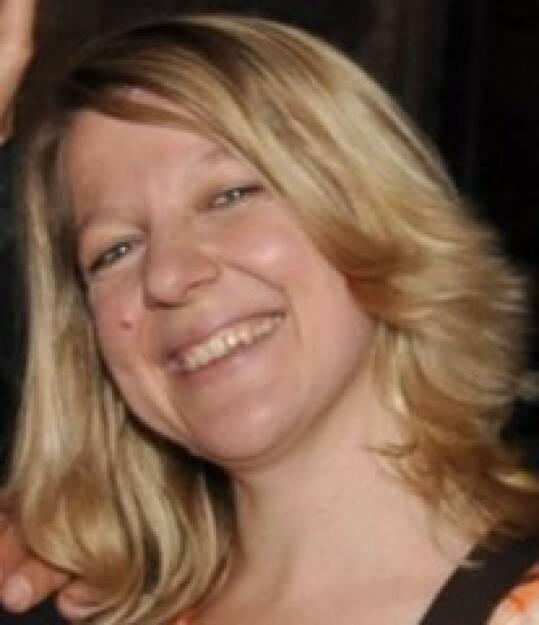 Silvia Hirsch, Wiener Börse (4. November), finanzmarktfoto.at wünscht alles Gute! , © entweder mit freundlicher Genehmigung der Geburtstagskinder von Facebook oder von den jeweils offiziellen Websites  (04.11.2013)