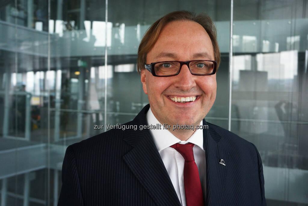 Uniqa: Neu in der Geschäftsführung der UITS GmbH ist Roland Grimm, 47. Der diplomierte Betriebswirt verstärkt seit 1. November 2013 als Mitglied der Geschäftsführung die UITS. Grimm war bis zu seinem Wechsel zu Uniqa für die Allianz Managed Operations & Services SE als Vice President tätig. Davor fungierte der gebürtige Deutsche als Senior Manager und Partner bei IBM Deutschland (c) Uniqa  (06.11.2013)