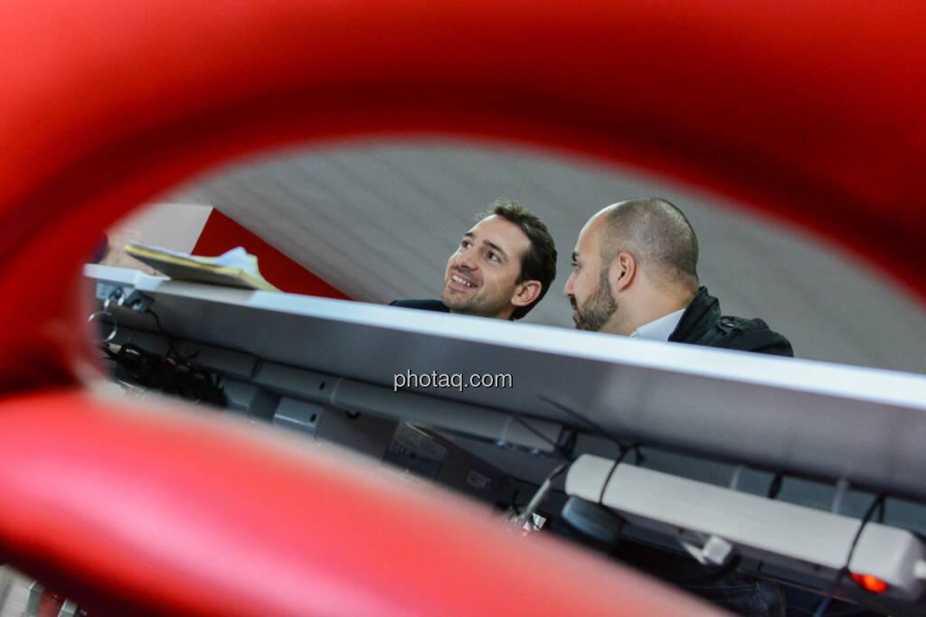 Lucanus Polagnoli (whatchado), Ali Mahlodji (whatchado), © finanzmarktfoto.at/Martina Draper (08.11.2013)
