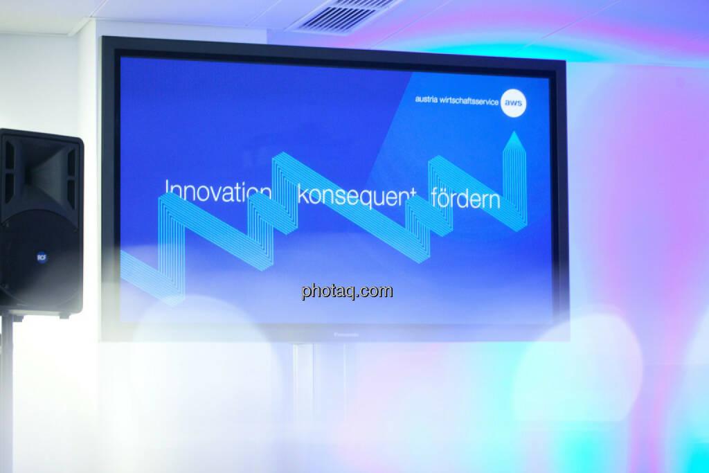 aws - Innovation konsequent fördern, Fernsehbildschirm, © finanzmarktfoto.at/Michi Mejta (13.11.2013)