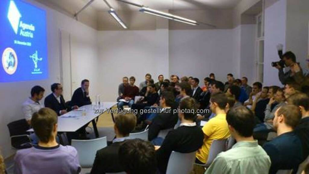 Agenda Austria mit Franz Schellhorn und mehr als 60 Teilnehmer bei der Diskussion über die neue alte Regierung (c) Agenda Austria (15.11.2013)