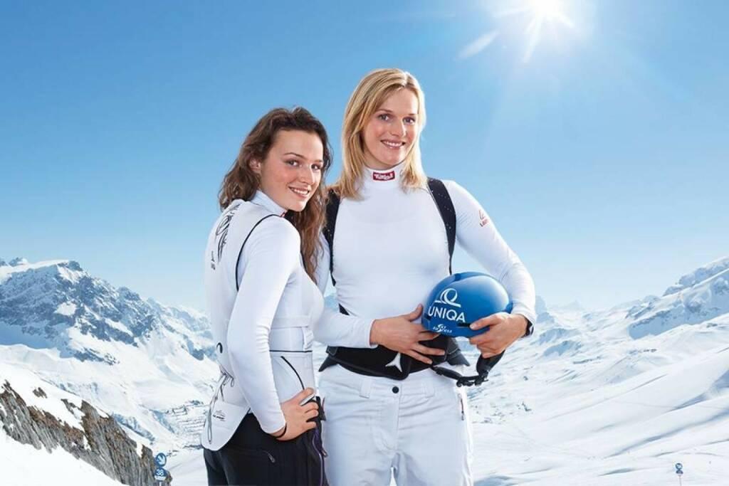 Bernadette Schild, Marlies Schild - Uniqa schreibt zum Levi-Slalom: Auch wenn diese beiden Damen viel Geschwisterliebe versprühen und dabei jeden Raum mit ihrer charmanten Art erhellen, heute werden sie sich auf der Piste in Levi nichts schenken. Wir freuen uns auf ein spannendes Rennen!  (16.11.2013)