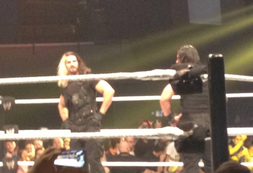 Seth Rollins, Roman Reigns (17.11.2013)
