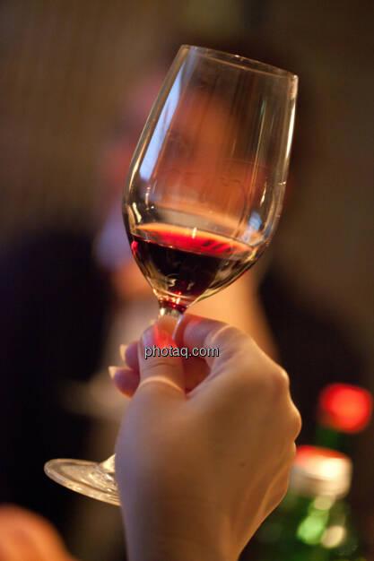 1. Brunel Achterl, Weinglas, Rotwein, © Michaela Mejta für Brunel (20.11.2013)