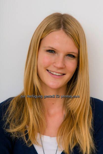 Julia Stürzl: Die 24-jährige gebürtige Deutsche neu im Team der Wiener PR-Agentur Aigner PR (15.12.2012)