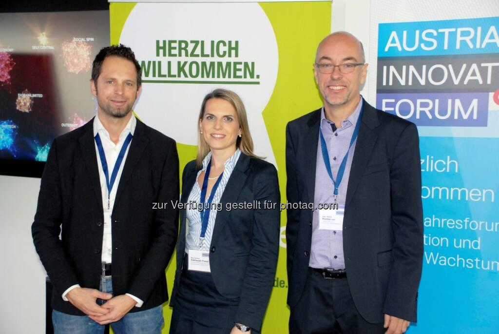René Massatti (TrendONE), Romana Edelhauser-Preissl (Bisnode D&B), Helmut Blocher (Austrian Innovation Forum) beim Innovationsfrühstück zu den Themen Outernet, Social Spin und Big Data (Bild: Succus GmbH) (25.11.2013)