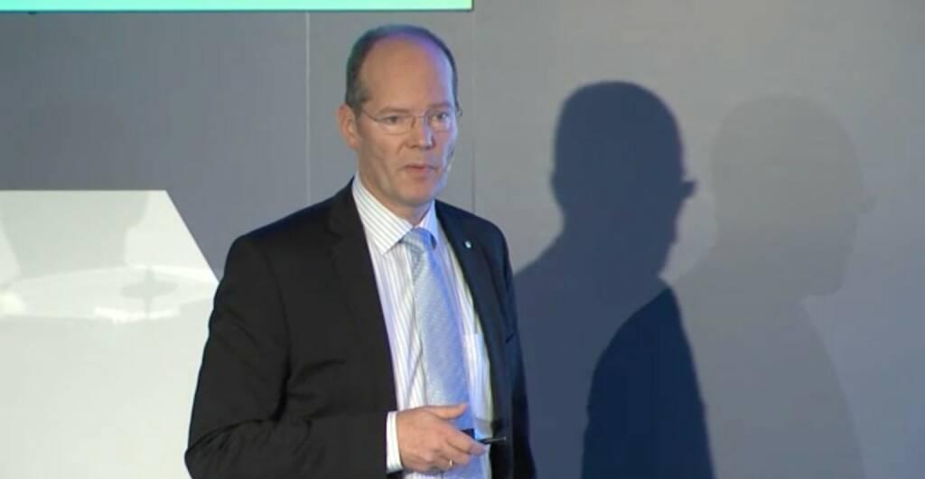Hans-Peter Floren, Vorstandsdirektor OMV, © OMV Group (25.11.2013)