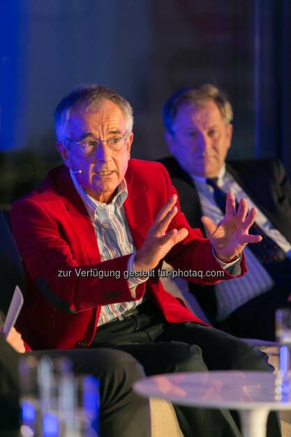 Stephan Schulmeister, Wifo,  Eduard Zehetner, CEO Immofinanz Group, © Martina Draper für Immofinanz (26.11.2013)