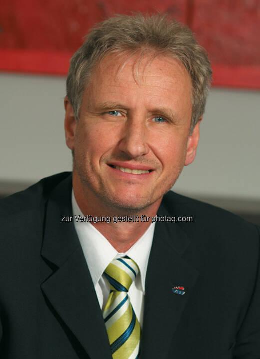 Heinz Behacker, Vorstandsvorsitzender der VBV - Vorsorgekasse AG, mit ESG Leaders Award ausgezeichnet (Bild: Foto Wilke, VBV - Vorsorgekasse AG)