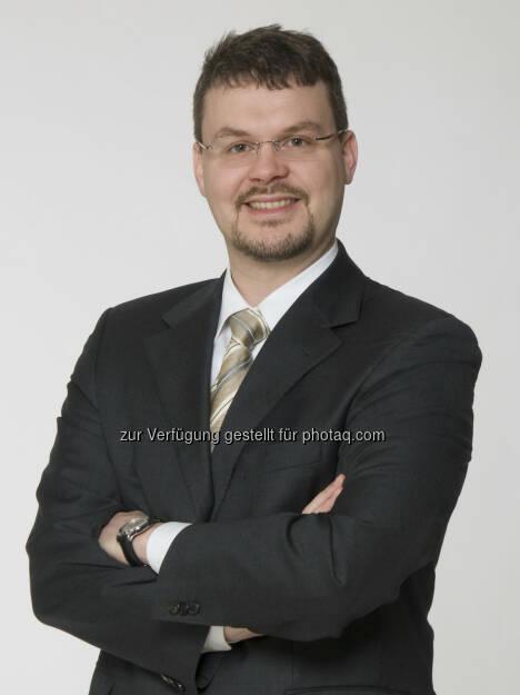 Christoph Krischanitz, Geschäftsführer der arithmetica Versicherungs- und finanzmathematischen Beratungs-GmbH, stellte seinen Risikokalender 2014 vor. Vorhersehbare Risiken gefährden vor allem KMUs (27.11.2013)