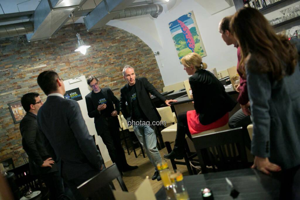 Klaus Fahrnberger (bet-at-home.com), Bosko Skoko (S Immo), Josef Chladek, Christian Drastil, Elisabeth Wagerer (S Immo), Bernhard Dörflinger (TeleTrader), Milena Ioveva (Porr), © bsn/Martina Draper (28.11.2013)