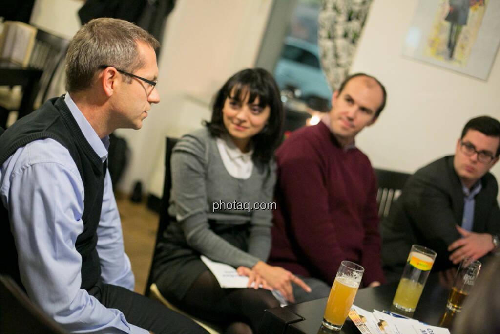 Günther Artner (Erste Group), Alina Costache (Odyssey PR, London), Bernhard Dörflinger (TeleTrader), Klaus Fahrnberger (bet-at-home.com) , © bsn/Martina Draper (28.11.2013)