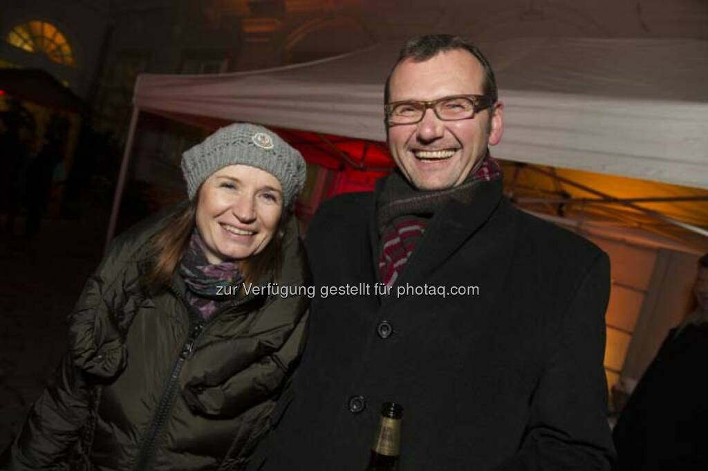 Barbara Dorfmeister (Wiener Börse), Christian Temmel (DLA Piper - Weiss Tessbach, © Wiener Börse AG (29.11.2013)