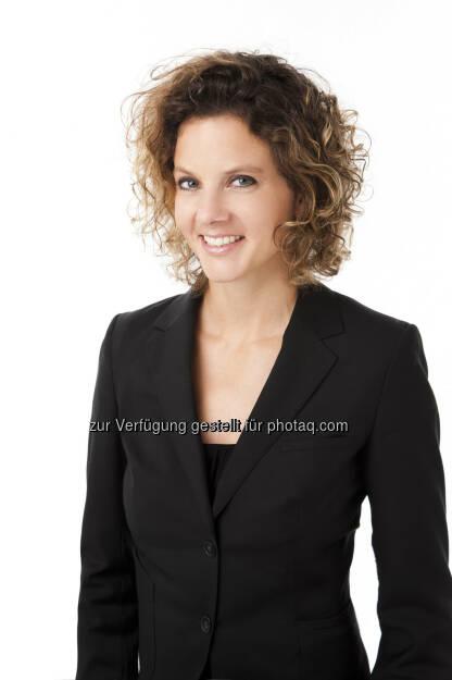 Sabine Hoffmann (ambuzzador) brachte eine Social Media Fitness Studie zu u.a. Erste Bank, EVN, OMV, Post und voestalpine (c) Jürgen Hammerschmid (15.12.2012)