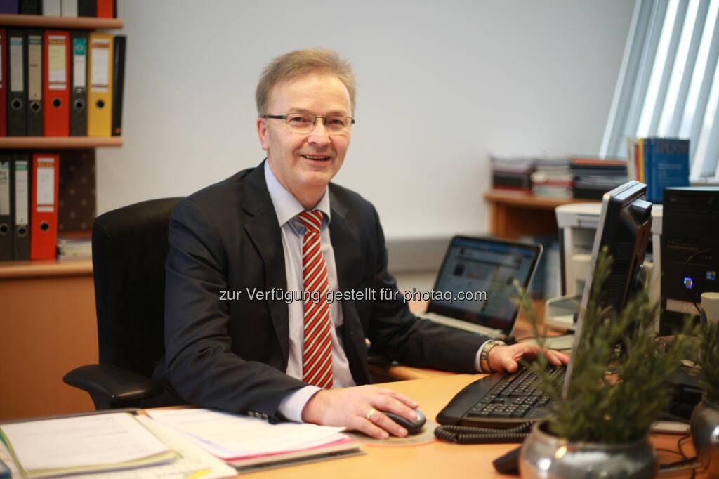 Elektronische Rechnung an den Bund – 77.000 österreichische Unternehmen sind ab 1. Jänner 2014 betroffen Ferdinand Wieser, Geschäftsführer BMD: Wir biten Kosten- und Zeitersparnis durch unsere Softwarelösungen  Fotocredit: BMD (07.12.2013)