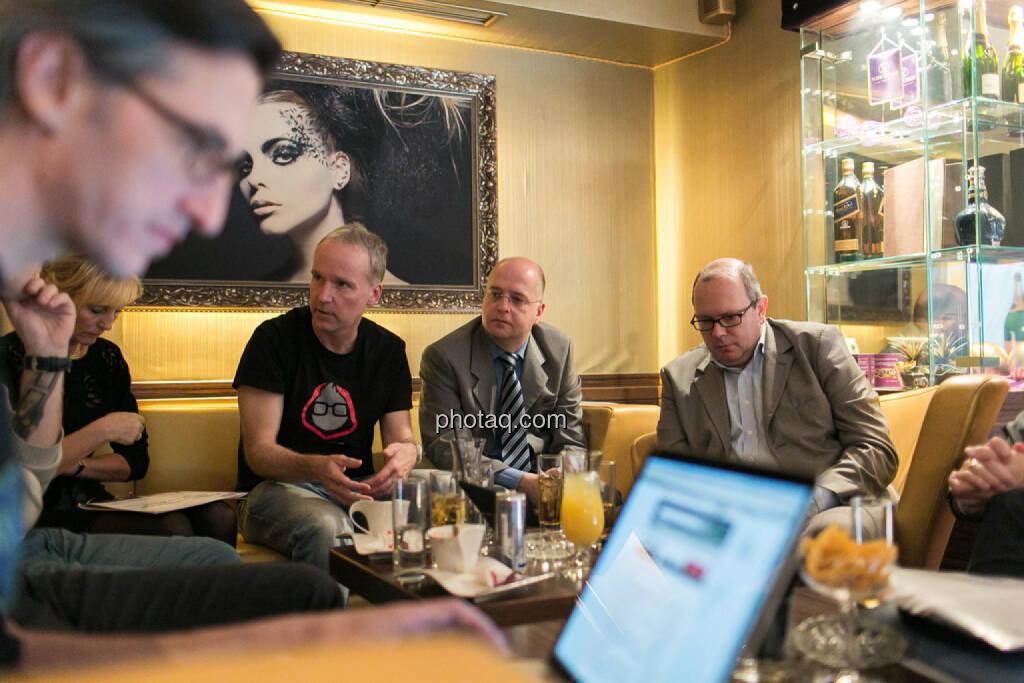 Josef Chladek,Isabella de Krassny (Donau Invest), Christian Drastil, Erwin Hof (Wiener Börse), Roland Meier (iQ-Foxx), © bsn/Martina Draper (12.12.2013)