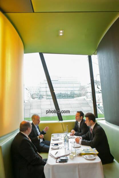 Roland Meier (iQ-Foxx), Christian Drastil, Julian Schillinger (Privé), Miro Mitev (iQ-Foxx), © finanzmarktfoto.at/Martina Draper (12.12.2013)