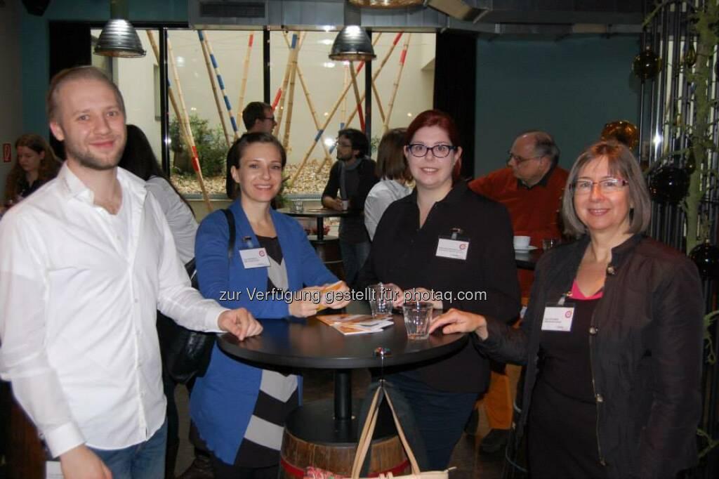 ambuzzador Social Fitness Breakfast: Mit Alexandra Elisabeth Muehlbacher, Fabian Mayrhofer (15.12.2013)
