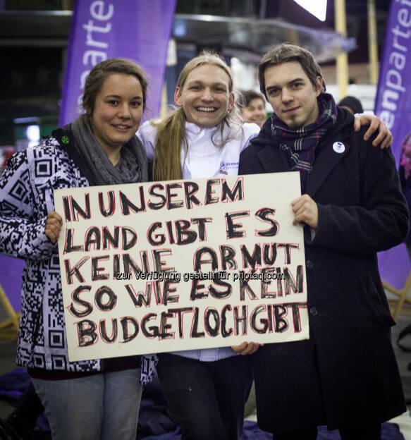 Piratenpartei: In unserem Land gibt es keine Armut, so wie es kein Budgetloch gibt, © Piratenpartei (15.12.2013)