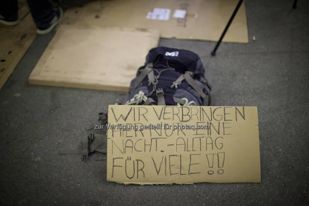 In unserem Land gibt es keine Armut, so wie es kein Budgetloch gibt, © Piratenpartei (15.12.2013)