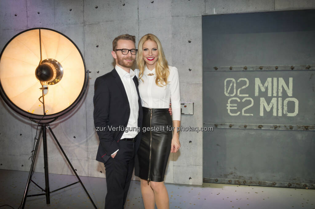 Daniel Cronin, Sonya Kraus © Gerry Frank Photography 2013 (18.12.2013)