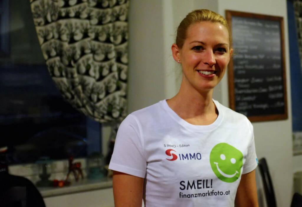 Springer-Smeil! Nina Bergmann, finanzen.at , mehr unter http://finanzmarktfoto.at/page/index/876 (22.12.2013)